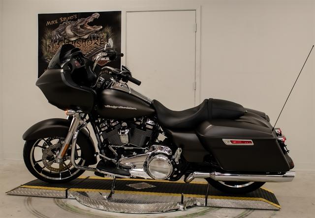 2020 Harley-Davidson Touring Road Glide at Mike Bruno's Northshore Harley-Davidson