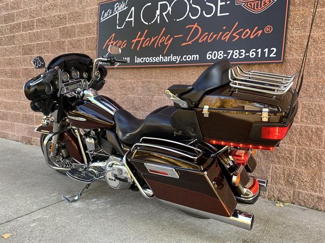 2011 Harley-Davidson FLHTK at La Crosse Area Harley-Davidson, Onalaska, WI 54650