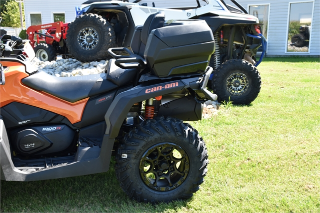 2021 CAN-AM 5JMD at Thornton's Motorcycle - Versailles, IN