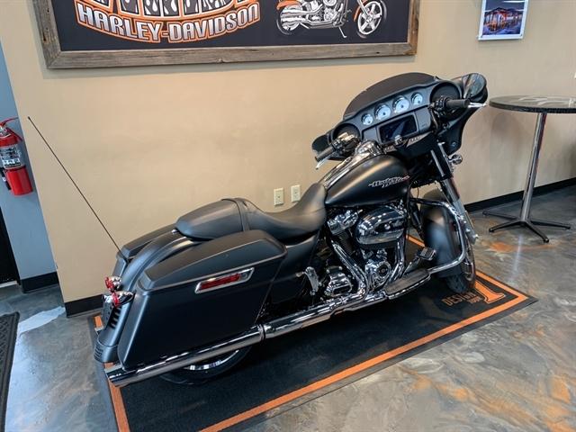 2020 Harley-Davidson Touring Street Glide at Vandervest Harley-Davidson, Green Bay, WI 54303