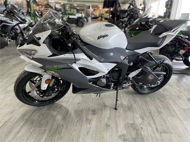 2021 Kawasaki Ninja ZX-6R Base at Jacksonville Powersports, Jacksonville, FL 32225