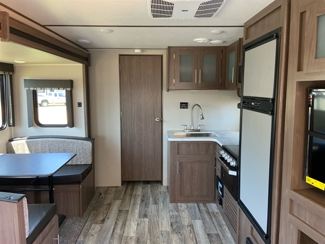 2020 Keystone Hideout 27RLS 27RLS at Campers RV Center, Shreveport, LA 71129
