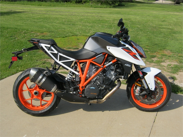 2018 KTM Super Duke 1290 R at Brenny's Motorcycle Clinic, Bettendorf, IA 52722