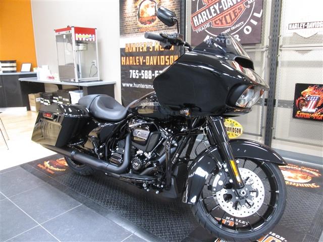 2018 Harley-Davidson Road Glide Special at Hunter's Moon Harley-Davidson®, Lafayette, IN 47905