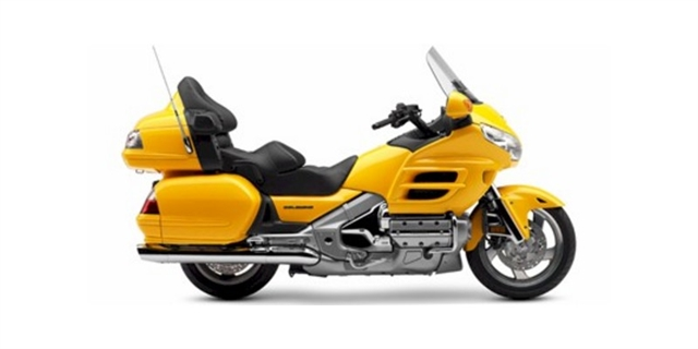 2009 Honda Gold Wing Audio / Comfort at Thornton's Motorcycle - Versailles, IN