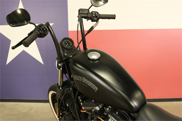 2015 Harley-Davidson Sportster Iron 883 at Texas Harley
