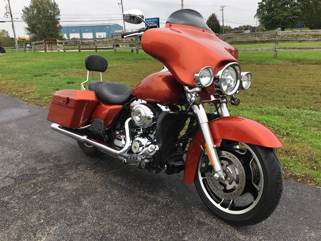 2011 HARLEY DAVIDSON STREET GLIDE at Randy's Cycle, Marengo, IL 60152