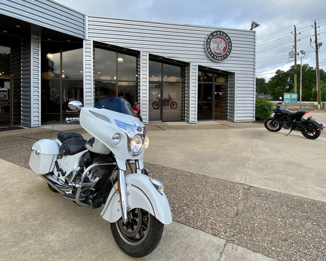 2017 Indian Chieftain Base at Shreveport Cycles