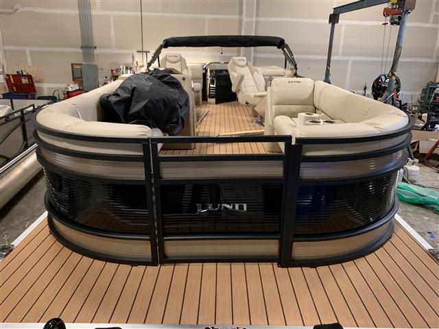 2019 Lund LX240 WALK THRU PONTOON at Pharo Marine, Waunakee, WI 53597