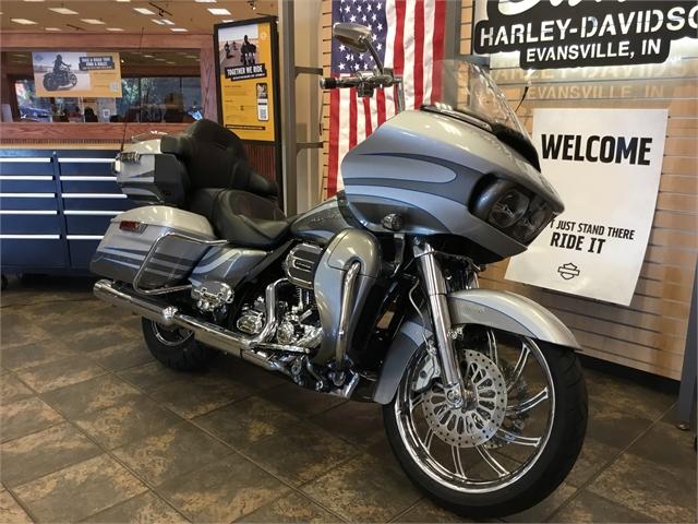 2016 Harley-Davidson Road Glide CVO Ultra at Bud's Harley-Davidson