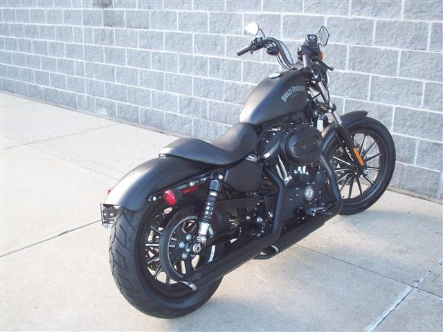 2015 Harley-Davidson Sportster Iron 883 at Indianapolis Southside Harley-Davidson®, Indianapolis, IN 46237
