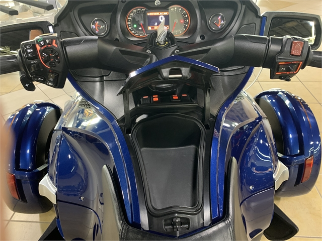 2017 Can-Am Spyder RT S at Sun Sports Cycle & Watercraft, Inc.