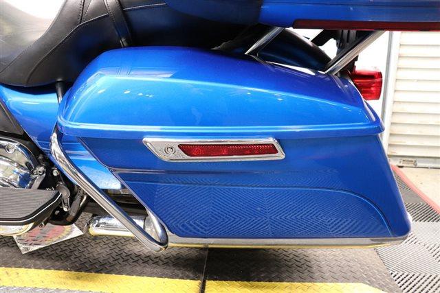 2018 Harley-Davidson Road Glide Ultra at Friendly Powersports Slidell