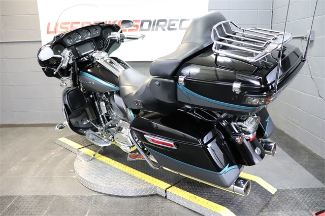 2015 Harley-Davidson Electra Glide CVO Limited at Used Bikes Direct
