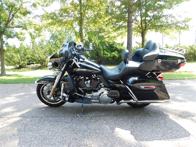 2018 Harley-Davidson Electra Glide Ultra Classic at Bumpus H-D of Collierville