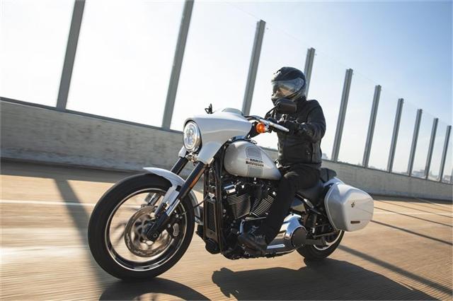2021 Harley-Davidson Cruiser Sport Glide at Javelina Harley-Davidson