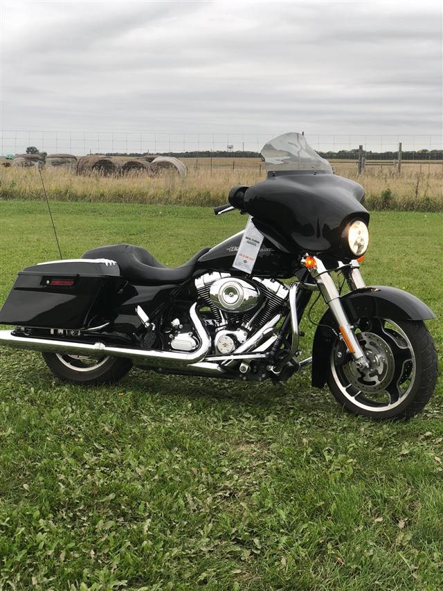 2012 Harley-Davidson Street Glide Base at Stutsman Harley-Davidson, Jamestown, ND 58401