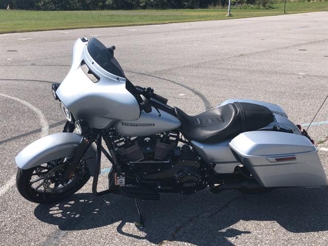 2019 Harley-Davidson Street Glide Special at Shenandoah Harley-Davidson®
