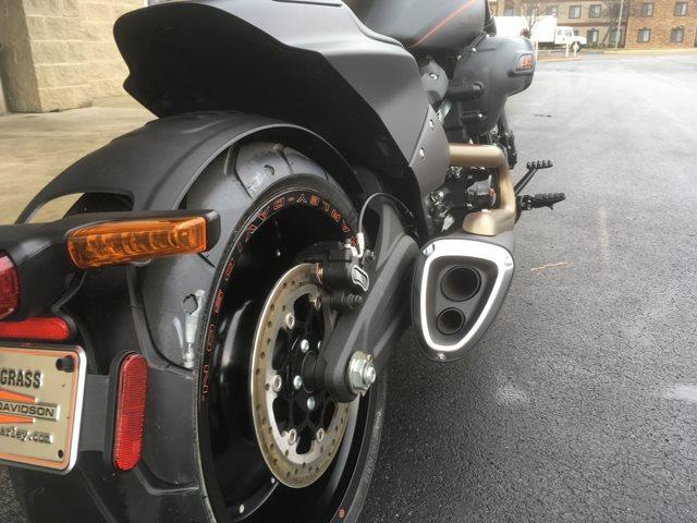 2019 Harley-Davidson Softail® FXDR™ 114 at Bluegrass Harley Davidson, Louisville, KY 40299
