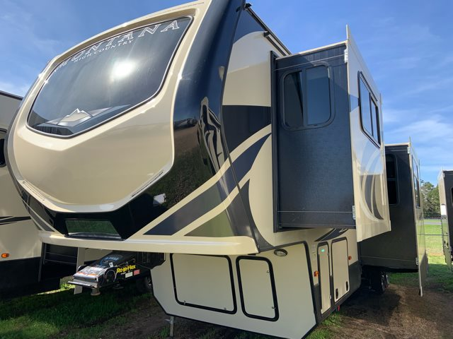 2019 Keystone RV Montana High Country 375FL Front Living at Campers RV Center, Shreveport, LA 71129