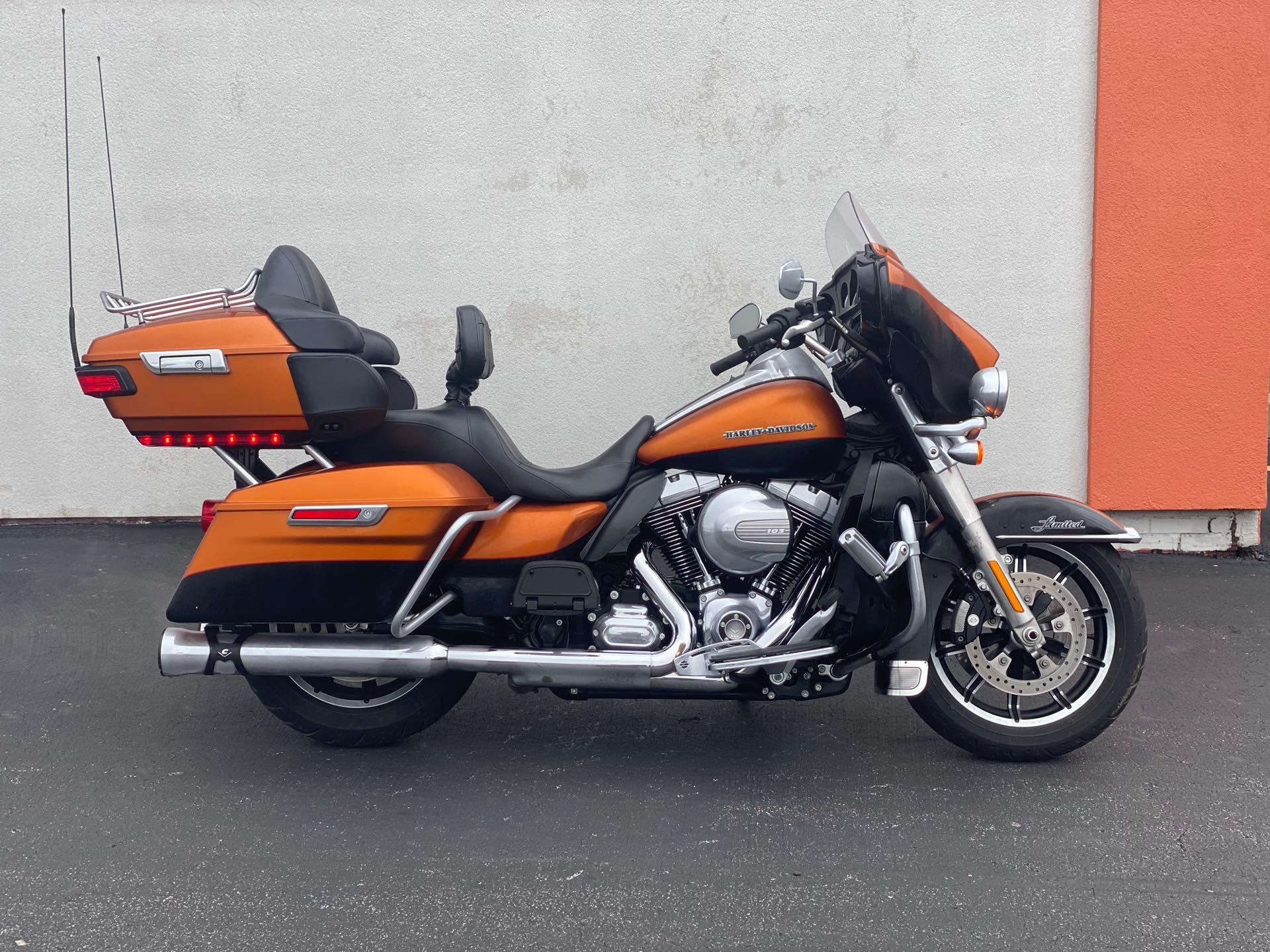 2015 Harley-Davidson Electra Glide Ultra Limited Low at Thunder Harley-Davidson