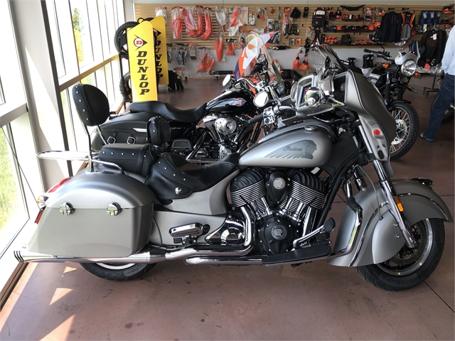 2017 Indian Chieftain Base at Indian Motorcycle of Northern Kentucky