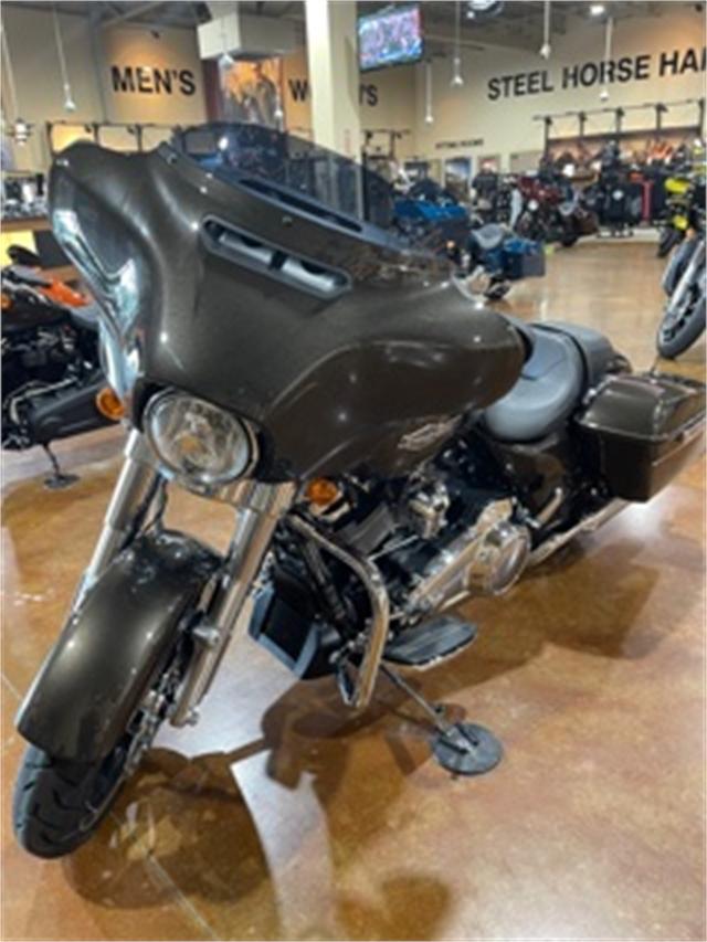 2021 Harley-Davidson FLHX at Steel Horse Harley-Davidson®