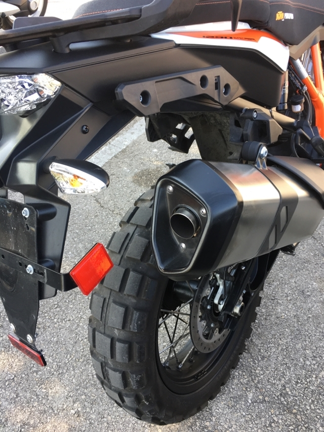 2018 KTM Super Adventure 1290 R at Kent Motorsports, New Braunfels, TX 78130