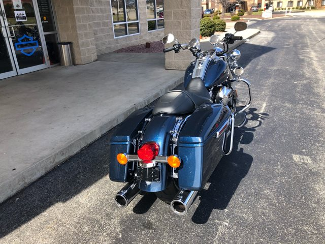 2016 Harley-Davidson Road King Base at Bluegrass Harley Davidson, Louisville, KY 40299