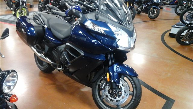 2017 Triumph Trophy SE ABS at Yamaha Triumph KTM of Camp Hill, Camp Hill, PA 17011