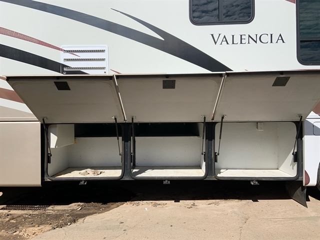 2007 Thor Valencia at Campers RV Center, Shreveport, LA 71129