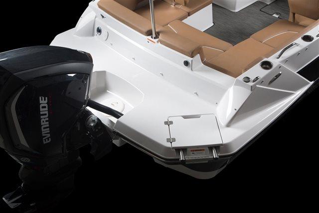 2022 Glastron GTD OB 200 at Baywood Marina