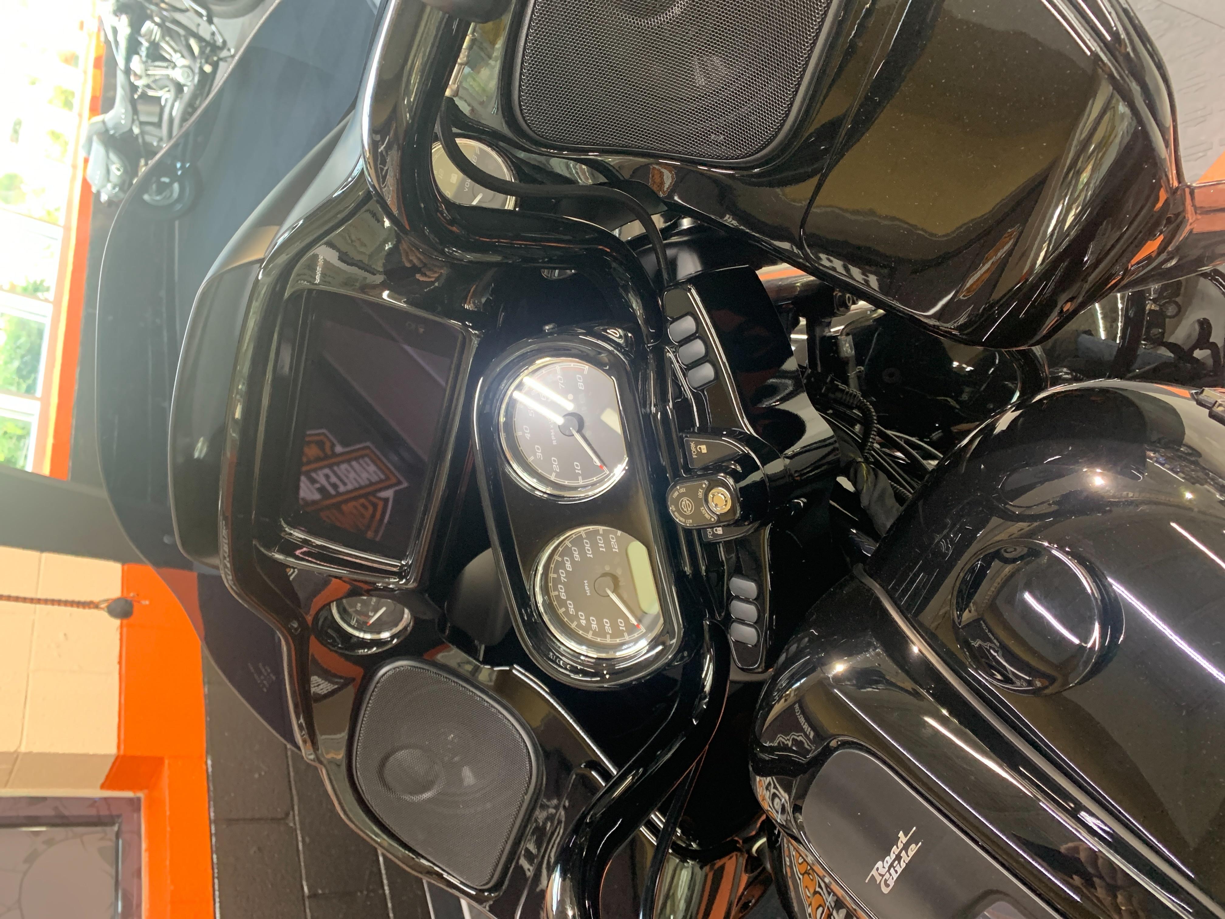 2021 Harley-Davidson Grand American Touring Road Glide Special at Hampton Roads Harley-Davidson