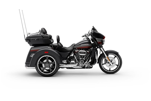 2020 Harley-Davidson CVO Tri Glide at Ventura Harley-Davidson
