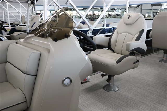 2022 Trifecta LE-Series 24TRFC LE at Jerry Whittle Boats