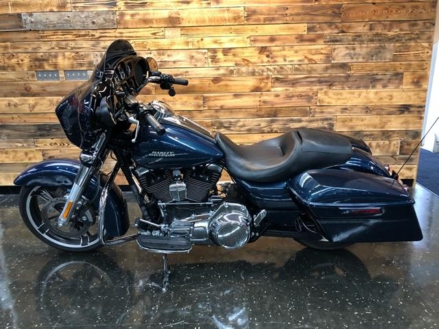 2016 Harley-Davidson FLHXS at Holeshot Harley-Davidson