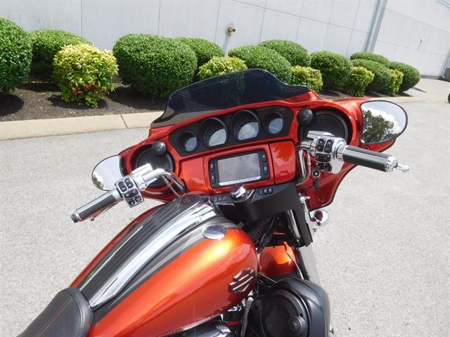 2018 Harley-Davidson Street Glide® CVO™ Street Glide® at Bumpus H-D of Murfreesboro