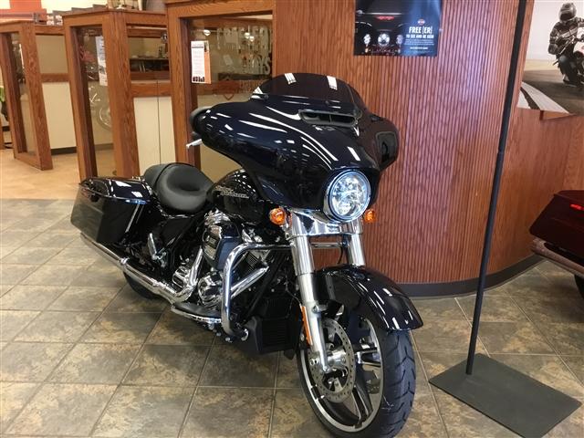 2019 Harley-Davidson Street Glide Base at Bud's Harley-Davidson, Evansville, IN 47715