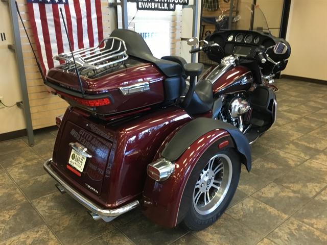 2014 Harley-Davidson Trike Tri Glide Ultra at Bud's Harley-Davidson Redesign