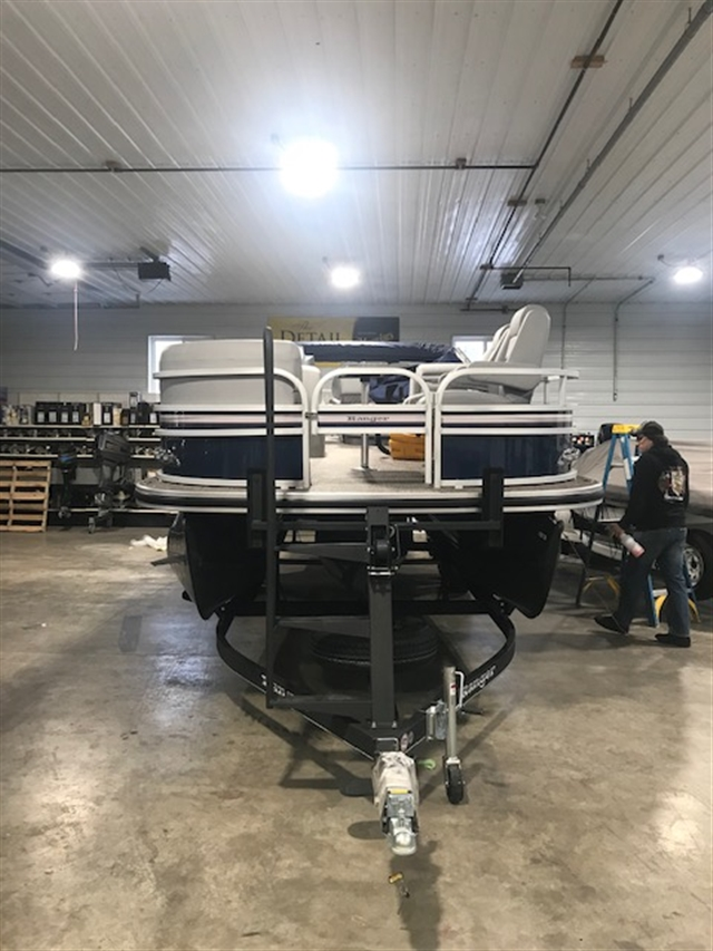2019 Ranger Reata 223FC at Boat Farm, Hinton, IA 51024