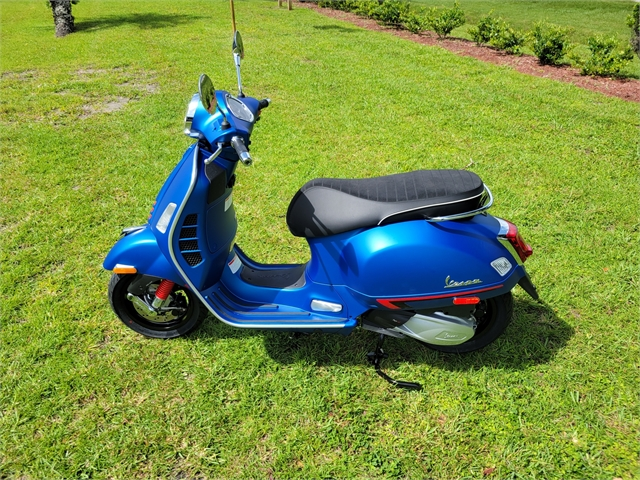 2021 Vespa GTS SUPERSPORT 300 HPE Super 300 HPE Racing Sixties at Powersports St. Augustine