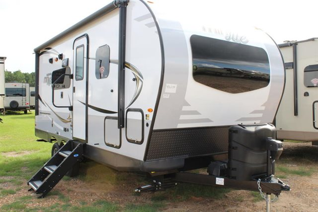 2019 Forest River Rockwood Mini Lite 2104S Rear Bath at Campers RV Center, Shreveport, LA 71129