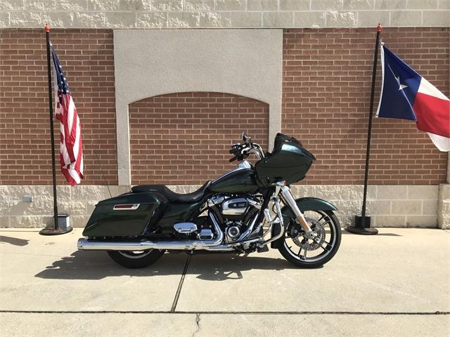 2018 Harley-Davidson Road Glide Base at Roughneck Harley-Davidson