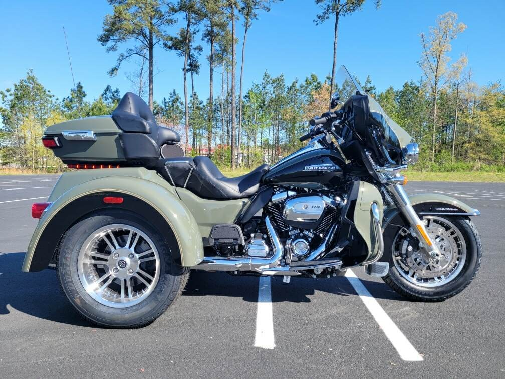 2021 Harley-Davidson Trike FLHTCUTG Tri Glide Ultra at Richmond Harley-Davidson