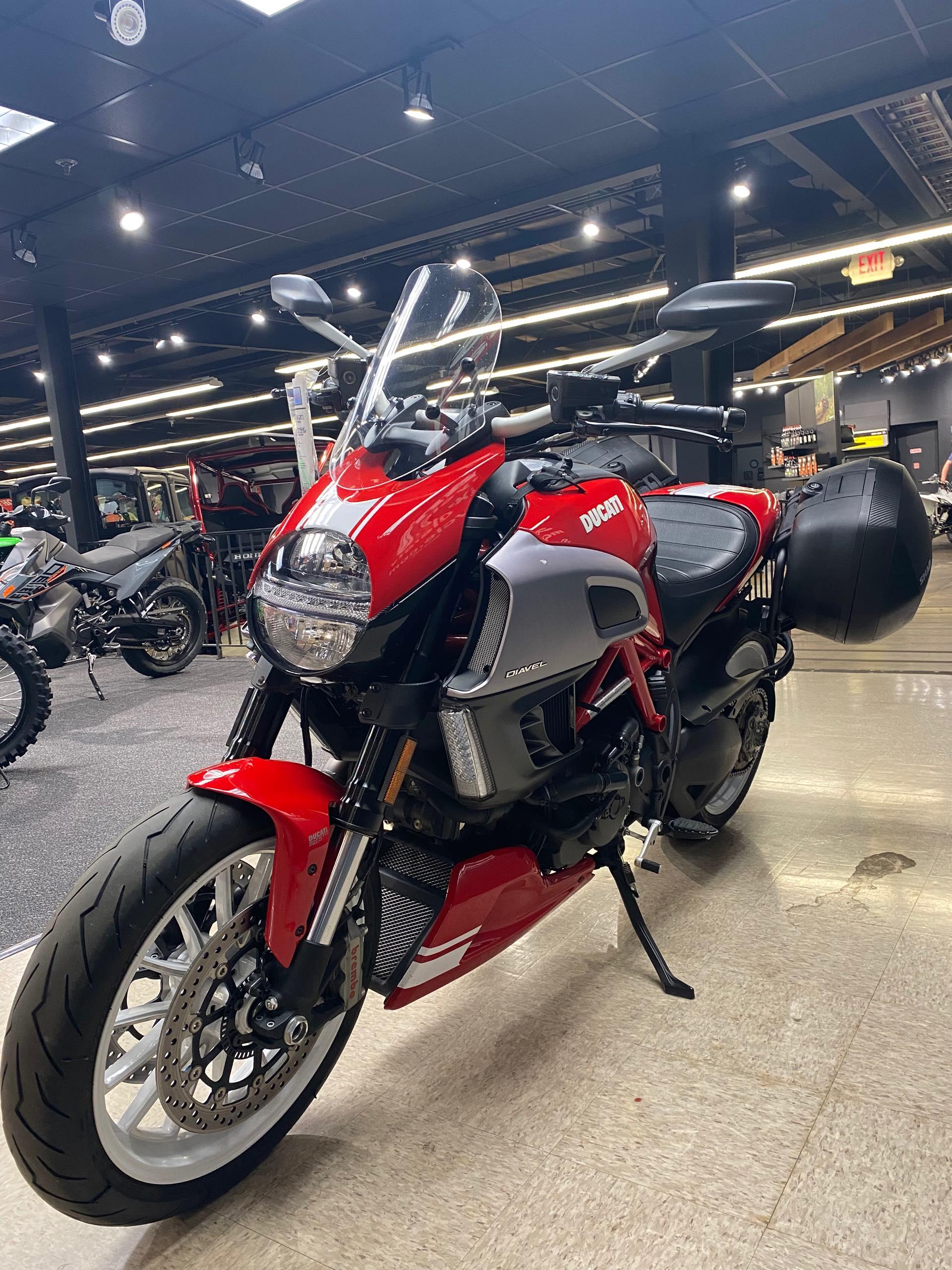 2013 Ducati Diavel Base at Sloans Motorcycle ATV, Murfreesboro, TN, 37129