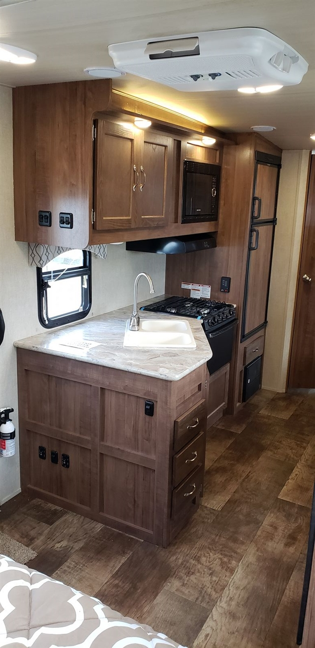 2019 Gulf Stream Vista Cruiser 23QBS at Nishna Valley Cycle, Atlantic, IA 50022