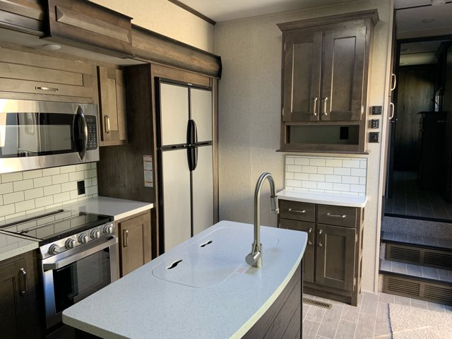 2019 Keystone Montana High Country 364BH Bunk Beds at Campers RV Center, Shreveport, LA 71129