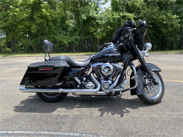 2009 Harley-Davidson Street Glide Base at Bumpus H-D of Jackson