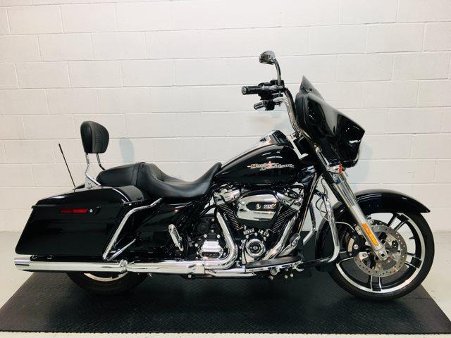 2017 Harley-Davidson Street Glide Base at Destination Harley-Davidson®, Silverdale, WA 98383
