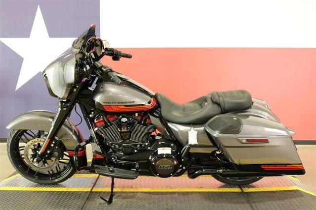 2020 Harley-Davidson FLHXSE - CVO Street Glide at Texas Harley